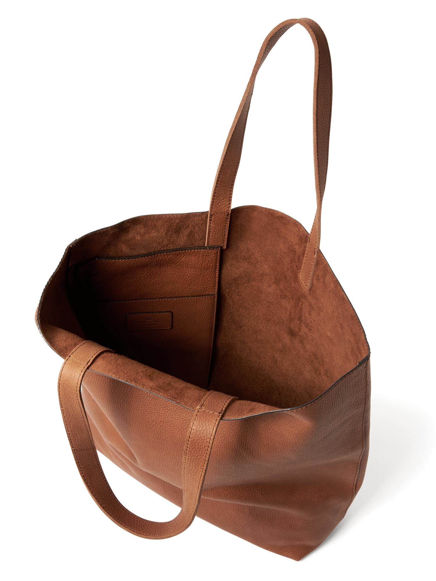 6aa93b8e8395 Lyst - Banana Republic Side-Zip Leather Tote in Brown