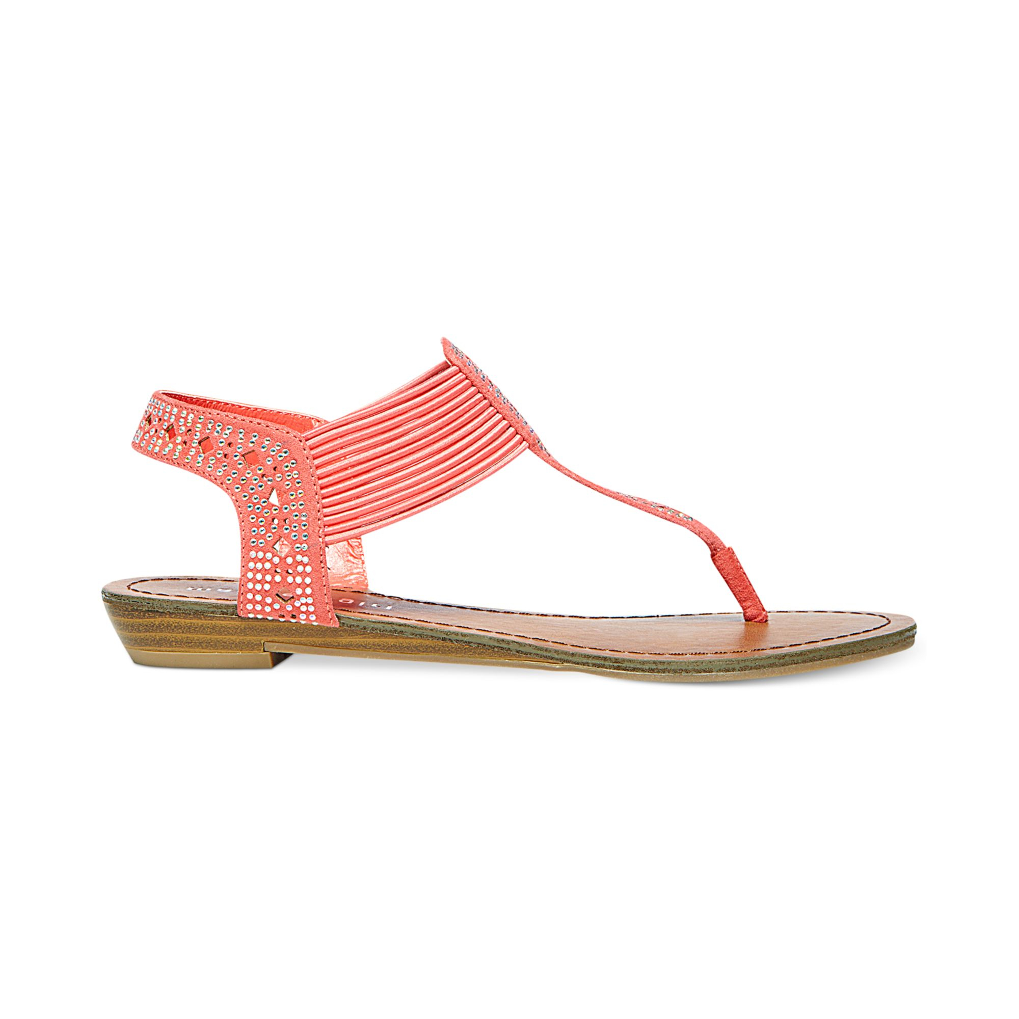 Madden Girl Taahnee Thong Sandals In Pink Coral Lyst