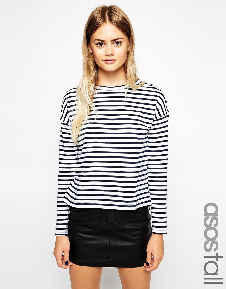 Discover the long sleeve tops at ASOS. Shop the latest women's long sleeve t-shirts from lace tops to baseball t-shirts, find the perfect style at ASOS.