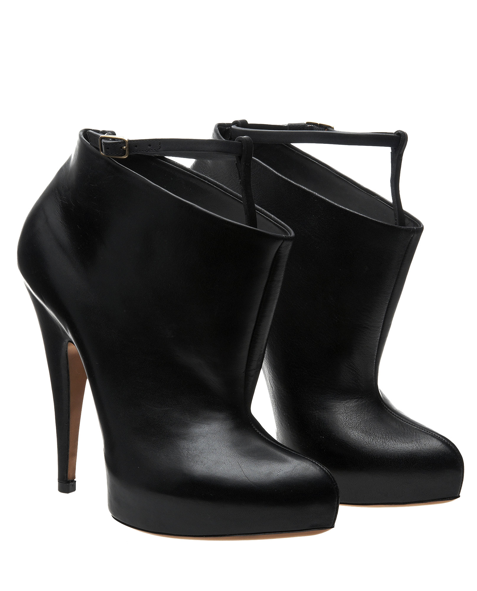 bb23c52eb70e Givenchy Fetish Ankle Boot with Strap in Black - Lyst