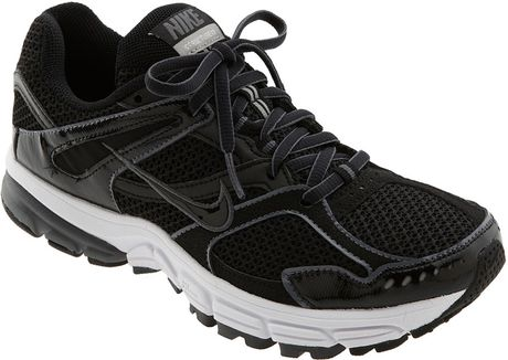 Nike Zoom Structure Triax+ 13 Running Shoe (women) in Black (black