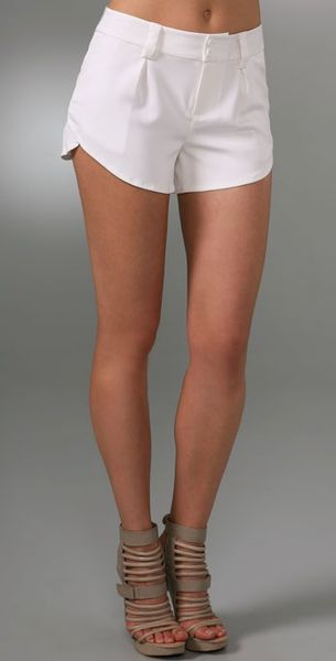 Alice + Olivia Butterfly Shorts in White - Lyst