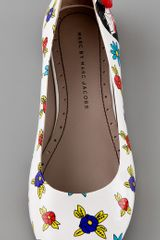 Marc By Marc Jacobs Miss Marc Flower Ballet Flats in White - Lyst