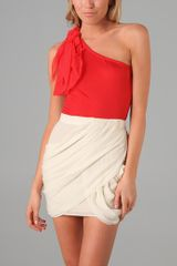 Alice + Olivia One Shoulder Top - Lyst