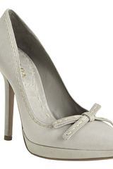 Prada Nube Stitched Leather Bow Detail Pumps in Gray (grey) - Lyst