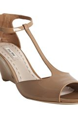 Miu Miu Cammeo Patent Leather T-strap Peep Toe Wedges - Lyst