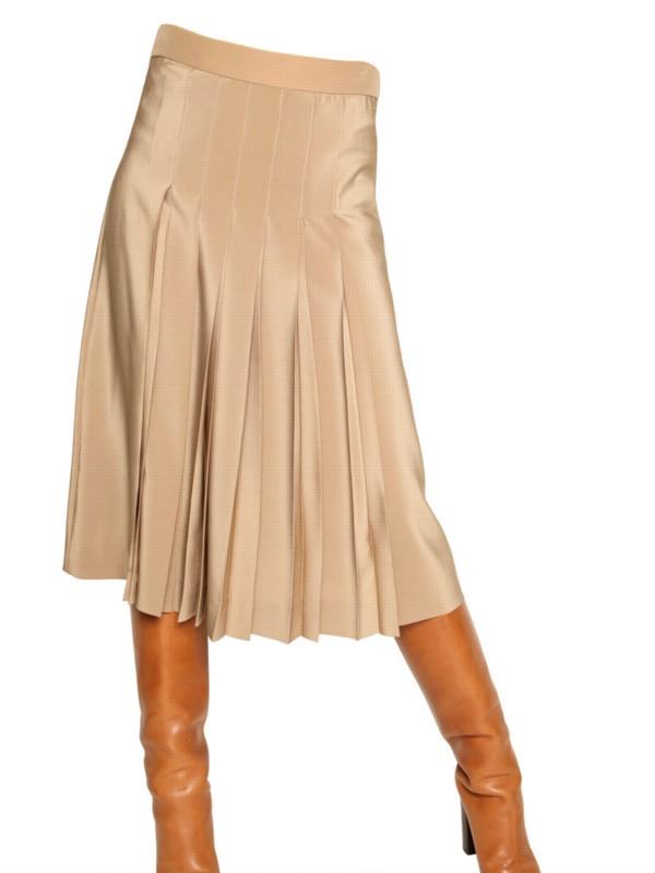 chlo 233 pleated crepe de chine silk skirt in beige camel