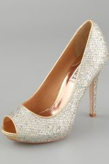 Badgley Mischka Humbie Glitter Pumps - Lyst