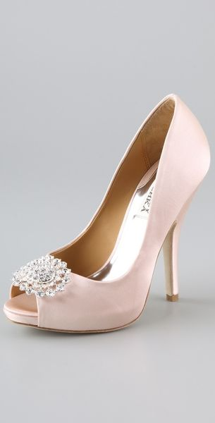 Badgley Mischka Lissa Satin Pumps in Pink - Lyst