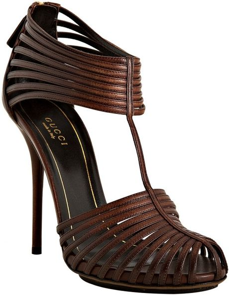 Gucci Brown Leather Strappy Sandals in Brown
