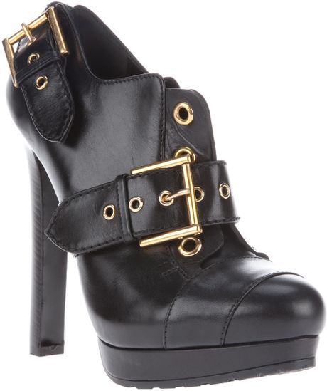 Alexander Mcqueen Buckle Ankle Boot in Black