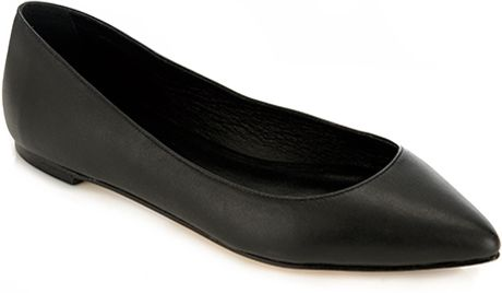 Loeffler Randall Quinnie Pointed Toe Flat in Black - Lyst