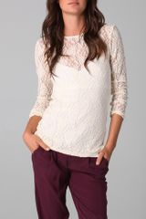 Alice + Olivia Baylor Long Sleeve Lace Tee - Lyst