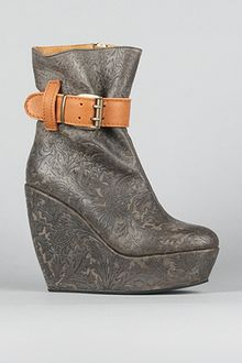 minimarket The Ygg Wedge Boot in Engraved Leather - Lyst
