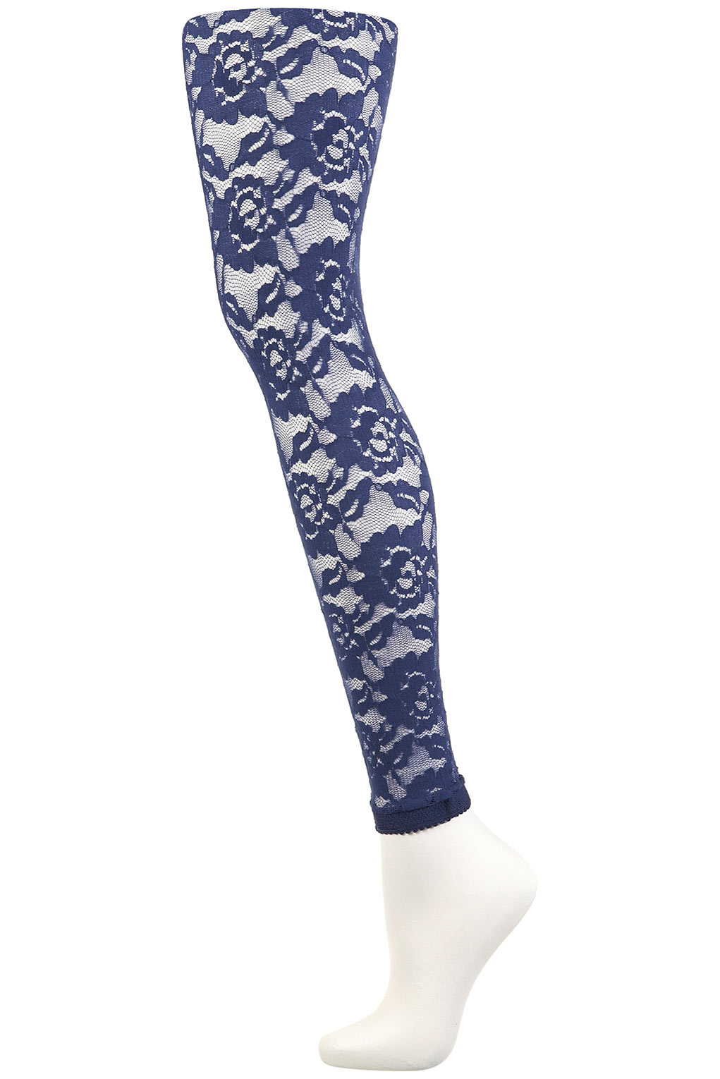 One of the most popular kinds of fashion tights, lace tights have enjoyed constant popularity since they first emerged on the catwalk. Thanks to their ornate and intriguing patterns, their pretty floral motifs and their ability to draw gazes to your legs and entrance admirers.