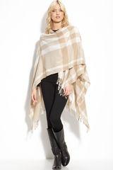 Burberry Collette Fine Wool Cape in Beige (honey) - Lyst