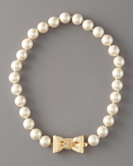 Kate Spade Bow- Clasp Pearl Necklace In Beige (cream)