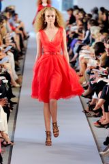 Oscar De La Renta Spring 2012 Floaty Red Dress in Red - Lyst