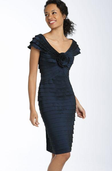 Tadashi Shoji Rosette Shutter Pleat Sheath Dress in Blue (navy)