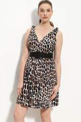 Trina Turk Sleeveless Print Dress - Lyst