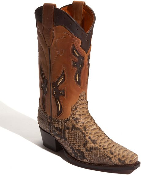 frye faith boot in brown lyst