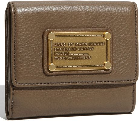 Marc By Marc Jacobs Classic Q  Small Flap Wallet in Brown (dirty martini) - Lyst