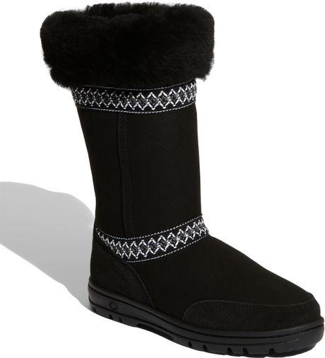 ugg sundance boot in black lyst