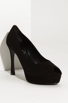 Yves Saint Laurent Palais 80 Pump - Lyst