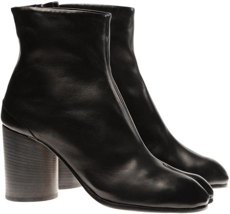 Maison Martin Margiela Tabi Calf Leather Boots in Black - Lyst