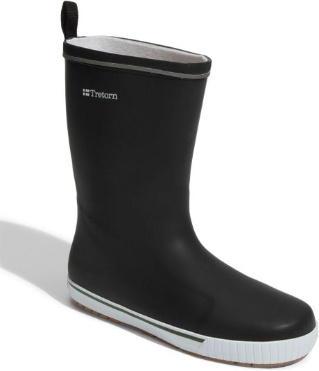 Tretorn skerry rain boot in black for men black white for Bogs classic mid le jardin