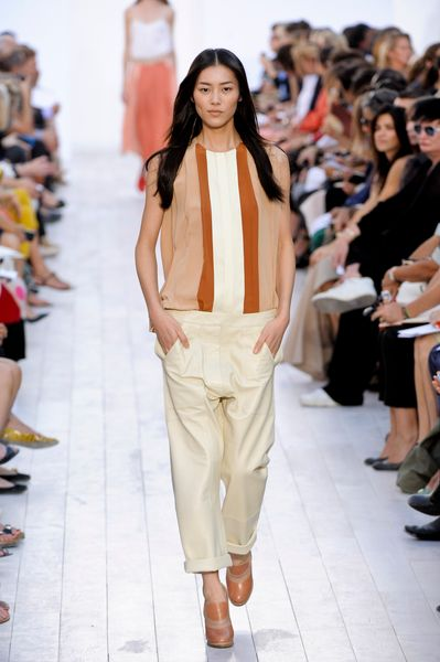 Chloé Spring 2012 Baggy Full Lenght Pants in White - Lyst