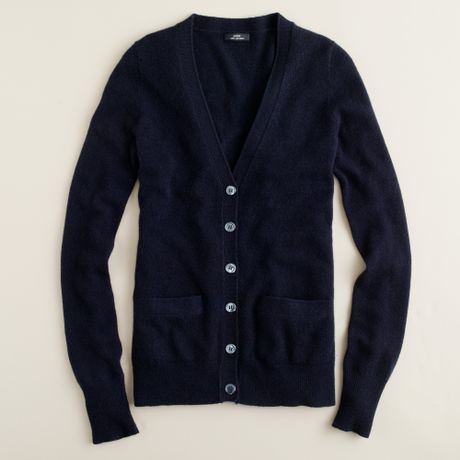 Manufactured with superior stitching and an expert eye for detail, these boyfriend cardigans and sweaters will be a dependable part of your wardrobe for years to come. Create countless new outfits without worrying about a wardrobe malfunction.