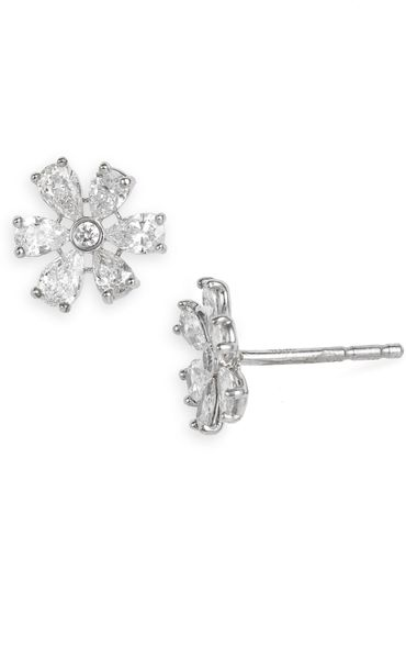Kwiat Floral Stud Diamond Earrings in White (white gold) - Lyst