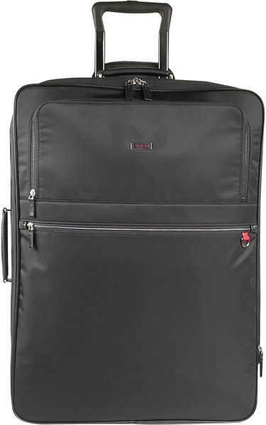 Tumi Avignon Wheeled Suitcase in Black - Lyst