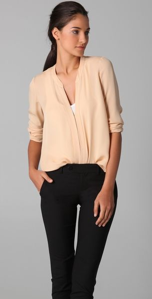 Vince Split Neck Blouse in Pink - Lyst
