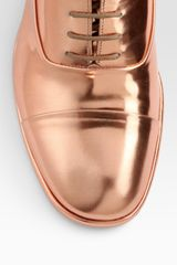 Maison Martin Margiela Laceup Metallic Leather Oxfords in Gold (copper) - Lyst