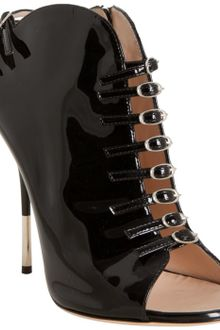 Giuseppe Zanotti Black Patent Leather Buckle Detail Peep Toe Ankle Bootie - Lyst