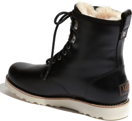 Ugg Hannen Boots in Bl...