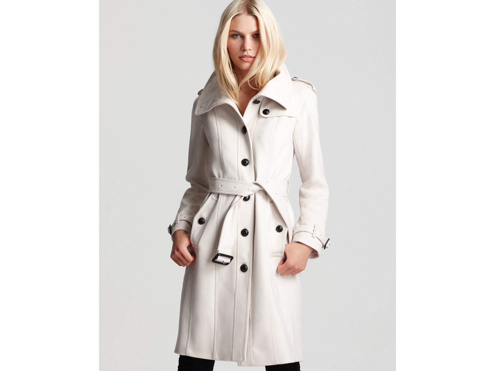 Ash Burberry London Wool/cashmere Coat in White | Lyst