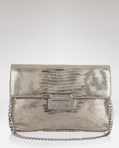 michael kors michael sloan metallic clutch in silver. Black Bedroom Furniture Sets. Home Design Ideas