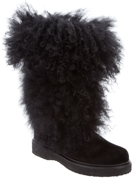 Moncler Sport Lamb Skin Fur Boot in Black - Lyst