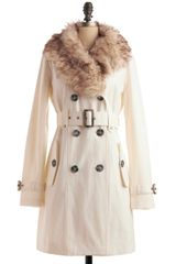 ModCloth Switching Trains Coat in Ivory - Lyst