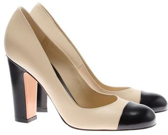 Gianvito Rossi Leather Court Shoes with Contrasting Toes - Lyst