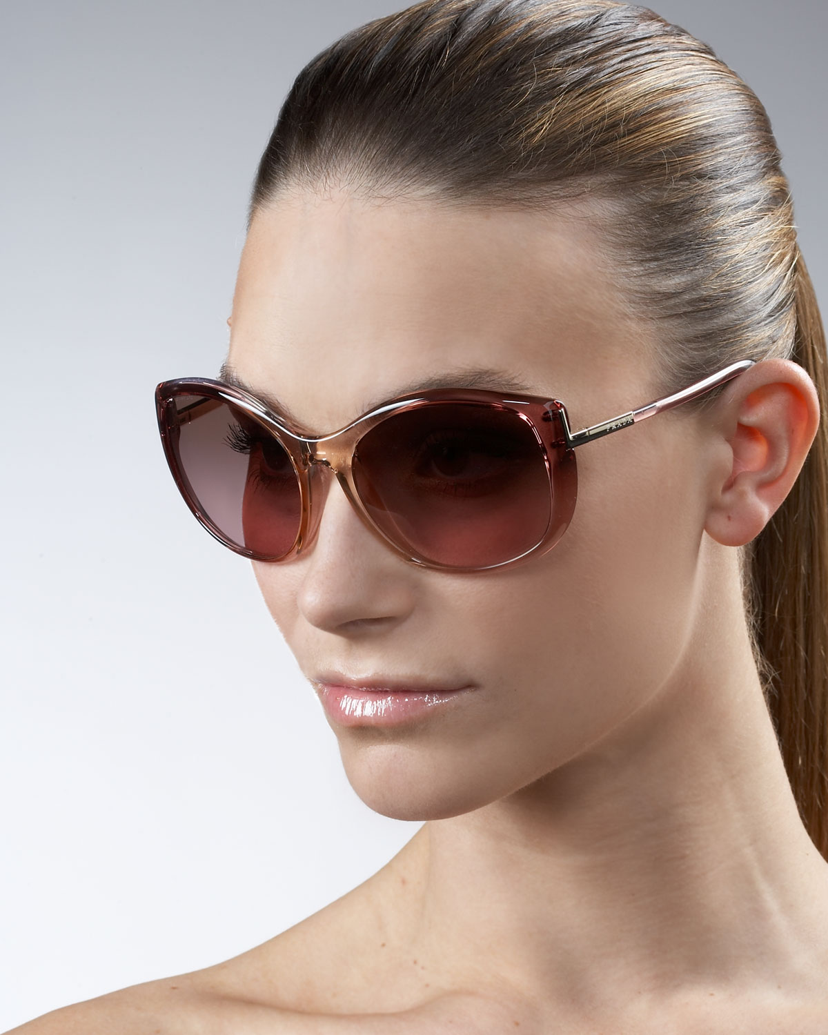 0b1372d65 Gallery. Previously sold at  Neiman Marcus · Women s Cat Eye Sunglasses ...