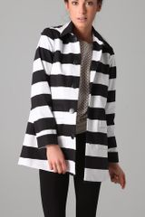 Alice + Olivia Constance Striped Stretch-cotton Hooded Coat - Lyst