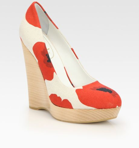 Yves Saint Laurent Floral Canvas Platform Wedge Pumps in Beige (ivory) - Lyst