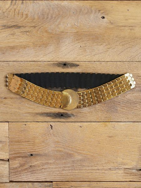 Free People Vintage Fishscale Retro Belt in Gold