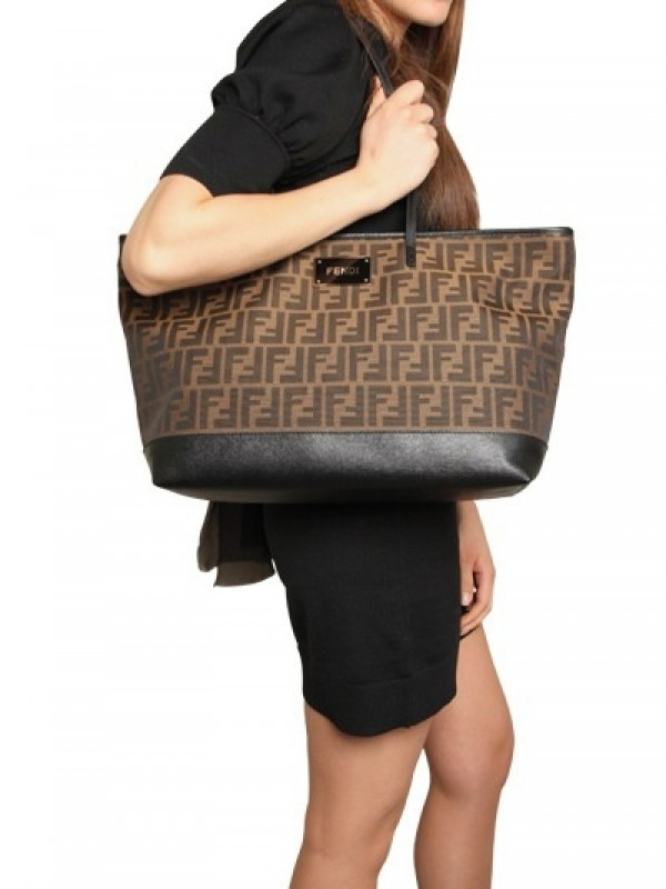 Fendi Zucca Jacquard Shopping Tote in Brown (tobacco)  4fd784272e9be