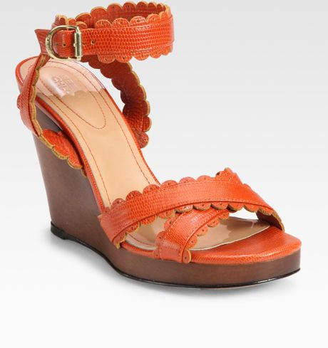 See By Chloé Scolloped Edge Wedge Sandals in Brown (rust) - Lyst