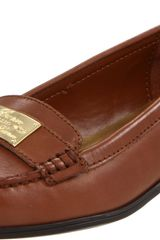 Lauren By Ralph Lauren Lauren Ralph Lauren Womens Gratia Slipon Loafer in Brown (polo tan) - Lyst